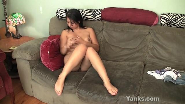 Chubby Amateur Asia Masturbating - 5