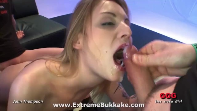 Beautiful blonde babe Kitty wants all their juices in her mouth - 9
