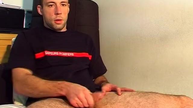 Don't wank my huge cock, i'm str8 guy! - 10