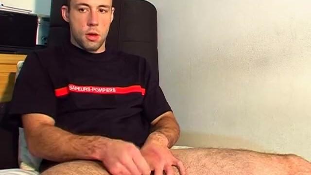 Don't wank my huge cock, i'm str8 guy! - 8