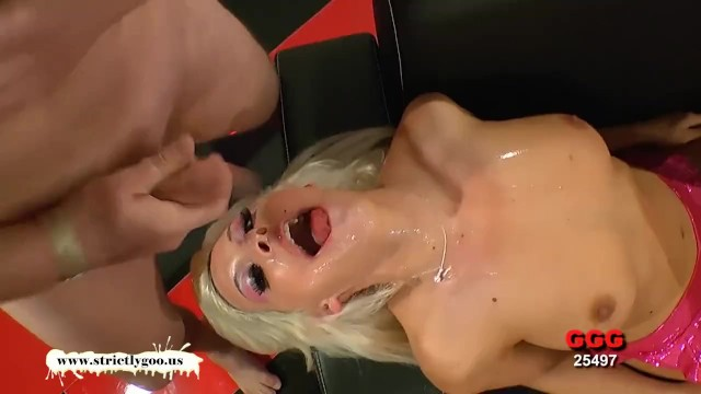 Curvy Blonde babe loves rubbing hot jizz all over her face - 13