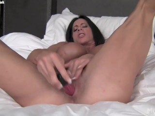 Angela Salvagno - Pussy Playing Time