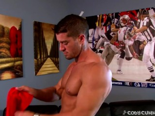 Cody Cummings jerking off
