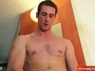 Give me your cock, straight guy !