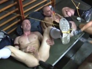 FISTING ORGY