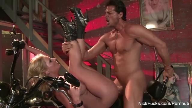 Porno mamá follada