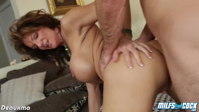 Big fat tits arse mature bbw - Busty milf deauxma gets arse fucked