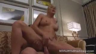Milf Babe Heidi Lovin' That Cock Anal thighhighsocks
