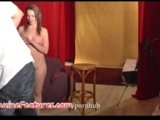 Chatte Poillu Couples Nudistes A La Plage