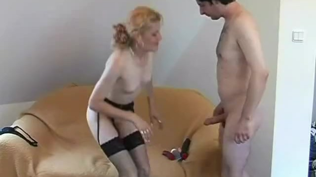 Streaming Gratis Video Nikita Mirzani Neighborhood Amateurs #2, Scene 3