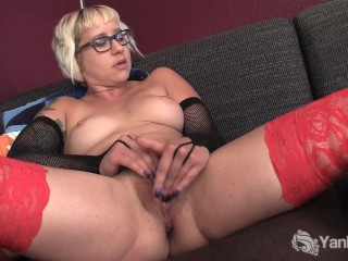 Blonde Amateur Vi Masturbating Her Pussy