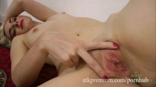 Melody Wilde takes off her dress and spreads