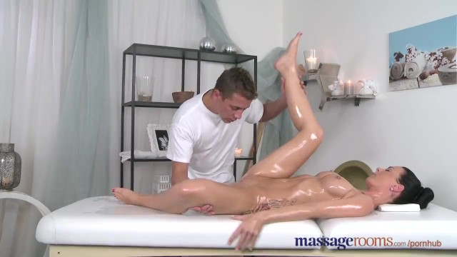 Transgender nipples treatment - Massage rooms sexy babe squirting when getting expert finger treatment