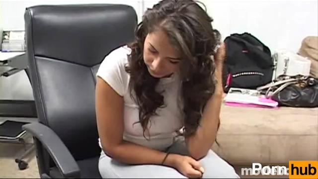 Download Gratis Video  Big Beautiful Teens, Scene 6