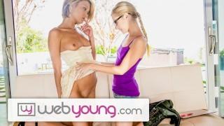 вебЯнг Молоденькая Лесбиянка Дакота Скай пробует киску