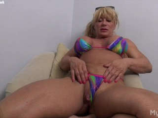 WildKat Loves Playing With Her Big Clit