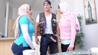 Preview 4 of Mia Khalifa stepmom Juliana Vega fucks and sucks her boyfriends cock
