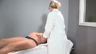 Sadie Holmes Pregnant - Doctor helps her patient to reach Orgasm Ass perfection