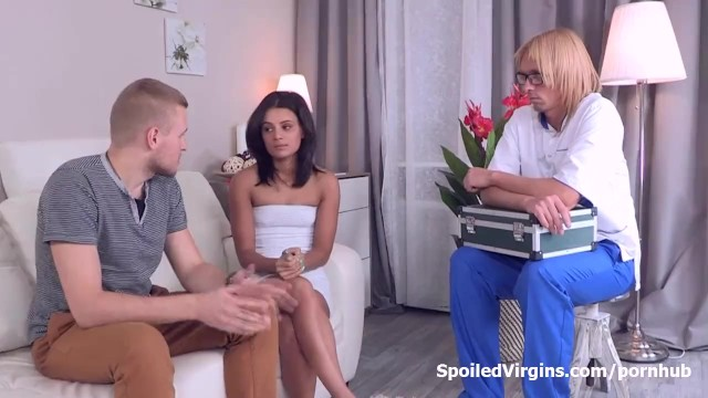 Want pussy - Young veronica did not want to be a pussy the first time she had sex