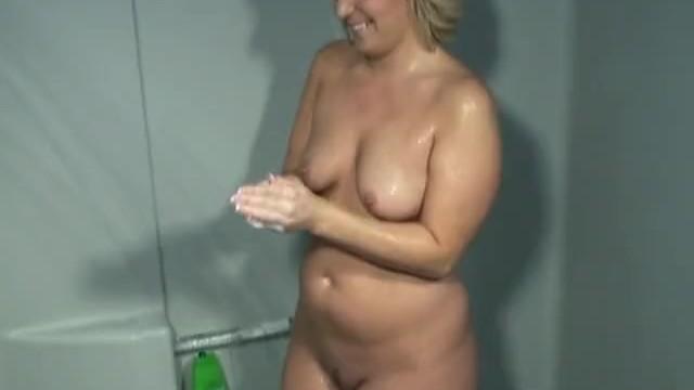 Streaming Gratis Video  Amazing Amateur Home Videos #32, Scene 5