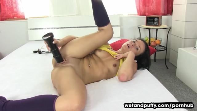 Teen Dildo Creamy Orgasm