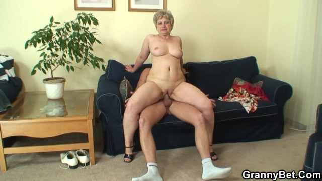 Granny taking big cock - Lonely 60 years old granny swallows big cock