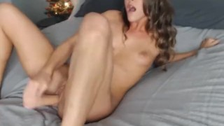 Babe Likes it Hard and Deep porno