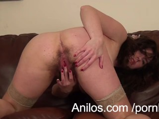 First time milf makes her hairy snatch cream