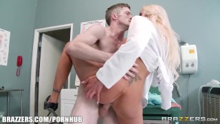Nina Elle is one hot doctor - Brazzers