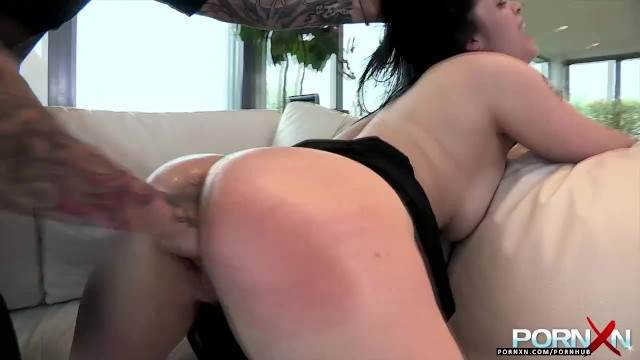 Having sex on a dryer Pornxn busty fisting and stuffing a hair dryer