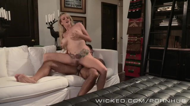 Big cock shemale pictures - Wicked - hot milf stormy daniels loves cock