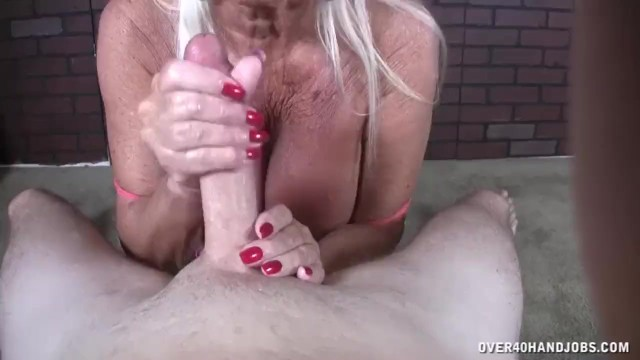 Over 40 naked lady - Old lady pov jerking