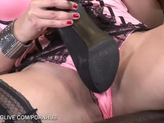 Busty brunette Zafira playing with her legs and pussy in stockings