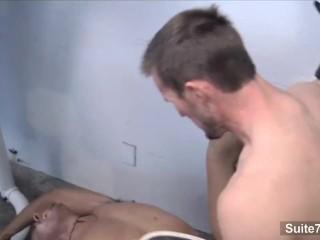 Nasty jocks Devin Draz and Spencer Drake sucking their pricks in the gym