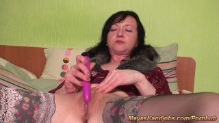 2 Maya orgasms and 3 cumshots on her body