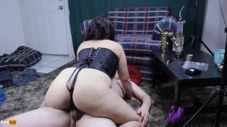 Sexy Stoner Daisy Dabs fucks in corset