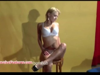 Czech masturbates her pussy at the casting...