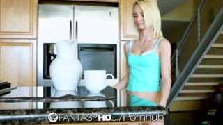 HD FantasyHD - Sammie Daniels swallows man cream after her coffee
