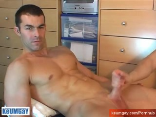 Nicolas real str8 soccer player get wanked his...