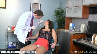 Natalie loses her braces and gets a pounding - Brazzers