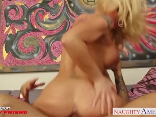 Busty girlfriend Leya Falcon gets facialized
