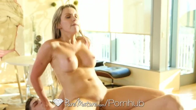Courtney cummz fucks her personal trainer Hd puremature - courtney cummz orgasms from her hardcore massage