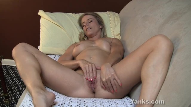 Yank masturbation Small titted skyle fingering her pussy