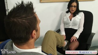 Brunette teacher Kendra Lust gets facialized College pussy