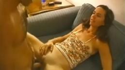 Hausfrau betrügt mit total Fremdem und bekommt Muschibesamung