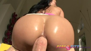 PervCity Mya Luanna Asian Ass Fuck Big 李雅