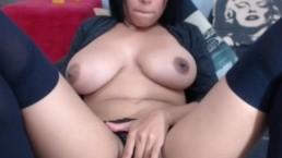 niley hotts amazing tits