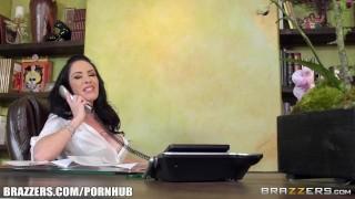 Bella Maree sucks cock at work - Brazzers