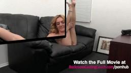 Analgeile Lehrerin auf der Casting Couch