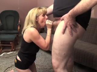 A Pornhub Member CUMs and Pisses on me!